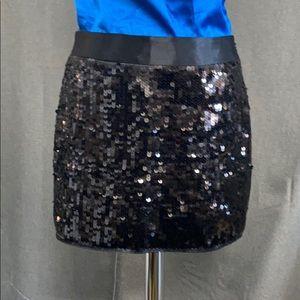 Express - black sequin mini